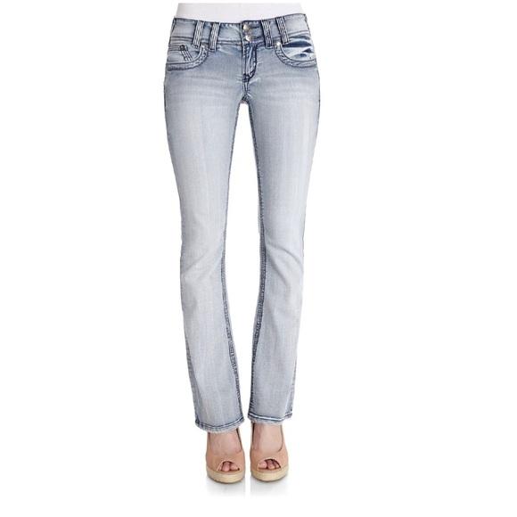 3f25d33241c Wallflower Jeans   Juniors Ivy Curvy Bootcut   Poshmark